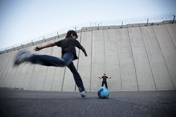 Ahmad Gharabli—AFP