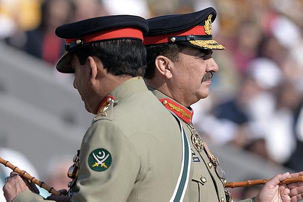 Kayani and Sharif in Rawalpindi, Nov. 29. Aamir Qureshi—AFP