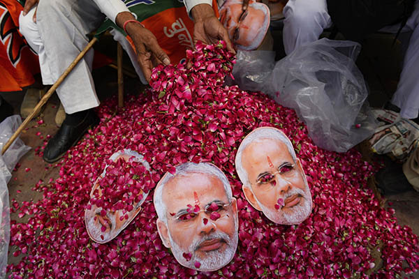 Chandan Khanna—AFP