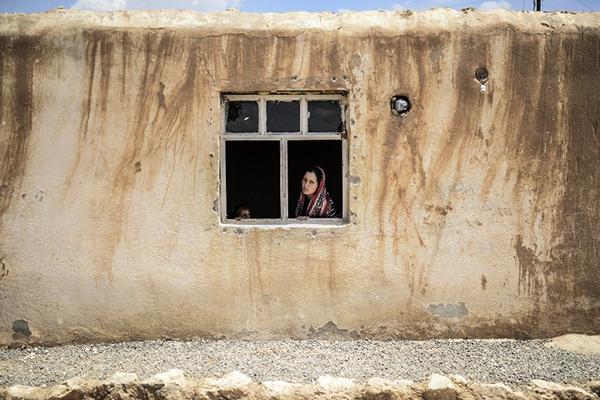 A Syrian Kurdish woman in Suruc, Turkey, June 27. Bulent Kilic—AFP
