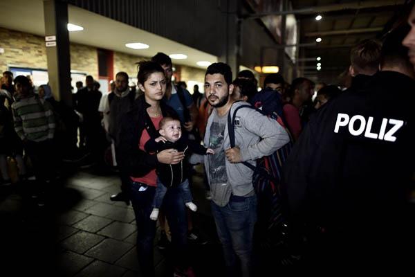 Aris Messinis—AFP