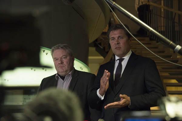 Iceland's new prime minister Sigurdur Ingi Johannsson, left, with Bjarni Benediktsson. Halldor Kolbeins—AFP