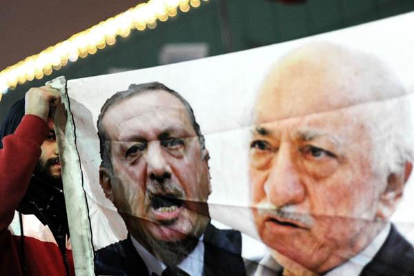 Recep Tayyip Erdogan and Fethullah Gulen. Ozan Kose—AFP