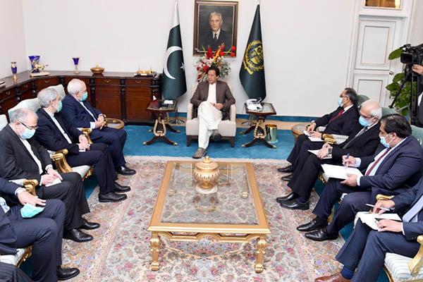 P.M. Khan meets Iranian Foreign Minister Javad Zarif